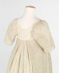 Evening dress, back detail. Date: 1809. Culture: French. Medium: fine cotton mull. Metropolitan Museum of Art.
