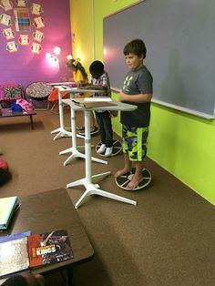 Trendy Flexible Seating Classroom First Grade Classroom Layout, Classroom Design, Classroom Themes, Classroom Organization, Classroom Management, Modern Classroom, First Grade Classroom, School Classroom, Future Classroom