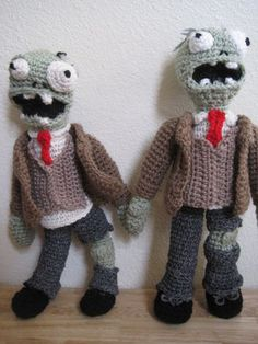 Plants vs Zombies Amigurumi - states free download but requires you to create a login :(
