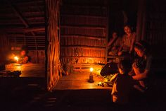 Lamp Uses Saltwater To Bring Light To Impoverished Communities Down From The Mountain, Les Philippines, Mindoro, Very Excited, Lifestyle News, Lighting Solutions, Travel Photographer, Light Up, Travel
