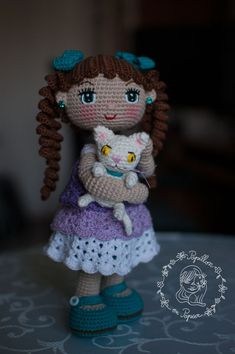 free pattern for an amigurumi doll Crochet Bear, Cute Crochet, Crochet For Kids, Crochet Toys, Knitting Toys, Free Knitting, Crochet Dolls Free Patterns, Crochet Doll Pattern, Knitting Patterns