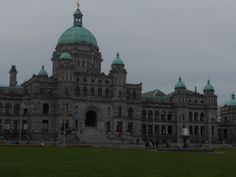 Parlement building by day, Victoria - Vancouver Island, BC. #day9