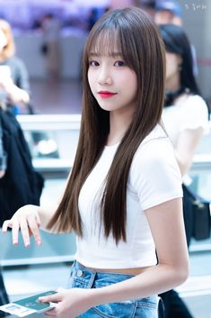 You are a rich student and everyone envies you. As part of a rich fam… Kpop Girl Groups, Kpop Girls, Yuri, Korean Girl, Asian Girl, Pretty Girls Names, Choi Yoojung, Asian Babies, Japanese Girl Group