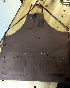 Review of my new Texas Heritage Woodworks Shop Apron | The Renaissance Woodworker