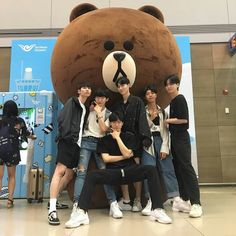gambar squad, ulzzang, and friends Couple Ulzzang, Korean Boys Ulzzang, Ulzzang Korea, Ulzzang Girl, Ullzang Boys, Cute Boys, Funny Group Photos, Korean Best Friends, Boy Squad
