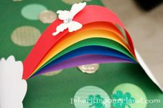 Saint Patrick's Day Leprechaun Trap Tradition - paper rainbow