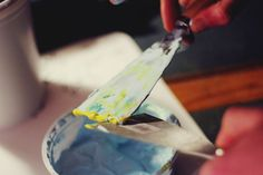 Butane fabrique est un atelier d'expérimentation.  http://butane-studio.com/