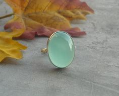Sea foam green ring - Chalcedony ring jewelry - Bezel set - Oval ring - Gemstone ring - all sizes - Christmas gift idea op Etsy, 44,13€