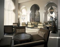 Indulge in coffee, tea & pastries in the Arabic setting of The Lounge!