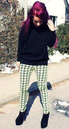 ! * YULIE KENDRA´S LIFE * !: Neon neon neon !#neon #ianywear #jeans #sweater