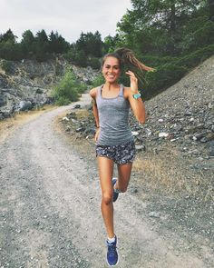 One of the greatest secrets of life is to make stepping stones out of stumbling blocks. : @rungirlmeg #Trailrun #trailrunning #ultrarunning #ultratraining #mountainrunning #traillove #getofftheroad #trailchix #runforlife #skyrunning #runnersworld #runnerscommunity #runnerslife #runhappy #runforfun #runninggirl #runningwoman #iloverunning #runforlife #TrailRunner #instarunners #strongwomen #outdoorwomen #seekthewild #alpinebabes #inspiringwomenrunners #runningterritory #womensrunningcommunit