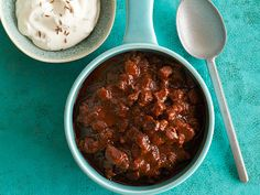 Red Beef Chili Recipe : Bobby Flay : Food Network (from Matt) Beef Chili Recipe, Chili Recipes, Wing Recipes, Yummy Recipes, Soup Recipes, Supper Recipes, Barbecue Recipes, Casserole Recipes, Bbq