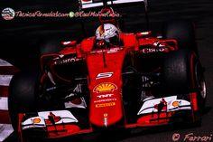 Vettel da la sorpresa y acaba en lo más alto en los terceros libres