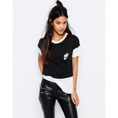 Nike Small Logo Oversized Signal T-Shirt With Colour Block (536.710 IDR) ❤ liked on Polyvore featuring tops, t-shirts, black, jersey top, color block tops, colorblock tee, oversized tops and nike top