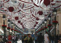 Without coats !! A morning of Christmas in Larios st., Malaga / Sans manteau !! Une matin de Noël à rue Larios, Malaga / Sin abrigos !! Un mañana de Navidad en Calle Larios, Malaga