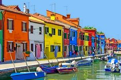 One of the most romantic and beautiful travel destinations in Italy is Burano. This small town is practically an island located north of Venice!