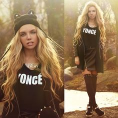 YONCÉ ALL ON HIS MOUTH LIKE LIQAAAAAAA!!!!!! (Hat With Ears, Yonce Crop Top, Leather Skirt, Coat,)
