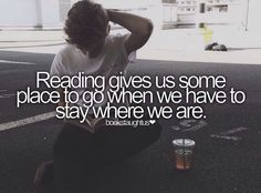 I love this because of the quote. But mostly because it is Thomas Sangster who's reading the book in the pic