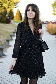 while in Madrid (Lovely Pepa by Alexandra) Trendy Outfits, Cool Outfits, Skirt Outfits, Style Feminin, Fashion Corner, New Years Eve Outfits, Black White Fashion, Preppy Style, Fashion Blogger Style