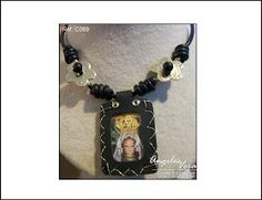 Angeles Vera Bisutería: ESPECIAL ESCAPULARIOS Charmed, Pendant Necklace, Bracelets, Jewelry, Religious Jewelry, Necklaces, Mustache, Accessories, Jewlery