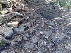 monte sant'egidio   Arezzo, scoperti resti delle antiche mura medievali di Montevarchi