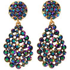 Oscar de la Renta Bold Pear-Cut Cluster Drop Clip-On Earrings (1,330 GTQ) ❤ liked on Polyvore featuring jewelry, earrings, clip on earrings, oscar de la renta, tear drop earrings, golden earring and clip back earrings