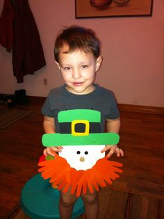 Handprint Leprechaun Beard Craft #st patricks day craft for kids
