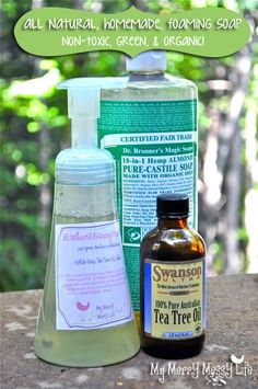 Homemade All-Natural Foaming Hand Soap - Here's a recipe for non-toxic, all-natural hand soap using castile soap, water and essential oils. Castile soap is made… Homemade Cleaning Products, Cleaning Recipes, Homemade Beauty Products, Natural Cleaning Products, Cleaning Tips, Cleaning Solutions, Household Products, Green Cleaning, Natural Products
