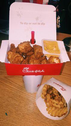 chick fil a Junk Food, A Food, Food And Drink, Weird Food, Food Goals, Aesthetic Food, Food Cravings, I Love Food, Soul Food