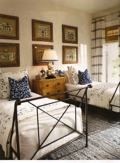 Belclaire House: Twin Beds