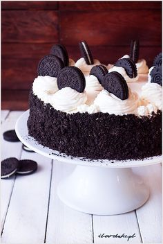 Easy Cake Recipes : Oreo cake is one of the sweetest baked goods I have ever made. The cake is . Oreo Cake Recipes, Easy Cake Recipes, Baking Recipes, Dessert Recipes, Keto Cake, Food Cakes, Love Cake, Cake Cookies, Cupcakes
