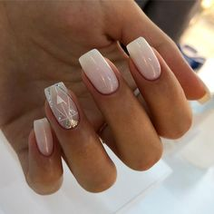 You are in the right place about Makeup Art rainbow Here we offer you the most beautiful pictures about the … Posh Nails, Chic Nails, Trendy Nails, May Nails, Pink Nail Art, Pink Nail Designs, Minimalist Nails, Nagel Gel, Square Nails