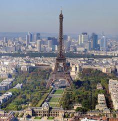 Torre Eiffel é a cidade de Paris