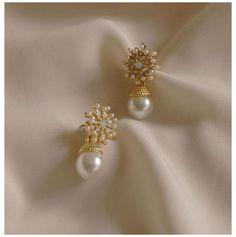 Fancy Earrings, Jewelry Design Earrings, Gold Earrings Designs, Ear Jewelry, Simple Earrings, Simple Jewelry, Designer Earrings, Vintage Earrings, Wedding Jewelry