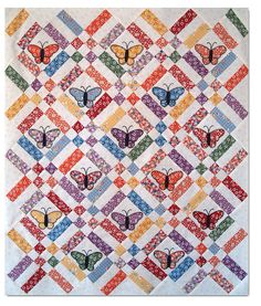 Anna Lena butterflies by Monica - this sashing and layout with Dresden Plates
