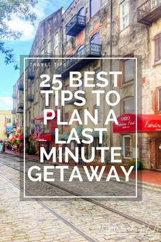It's not difficult to plan a last minute getaway when you have the right essentials and a how-to guide. Here are 25 best tips on how to plan a last-minute getaway for you and the family. I'm sharing tips on how to save money on last-minute travel ideas, plus planning tips on where to go, and how rewards can help you save and plan a last-minute trip!