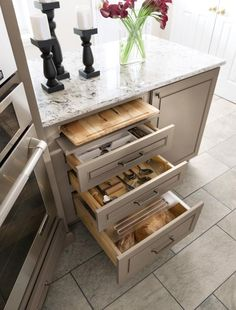 Extend the freshness of your bread in the #BreadDrawer with lid and when it's time to slice simply pull out the included #CuttingBoard in this Diamond Cabinet.