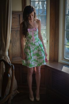 Wish I'd bought this dress when I had the chance. This picture is awesome