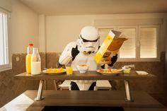 The Other Side : La vie quotidienne des célèbres Stormtroopers de Star Wars