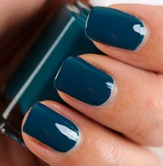 Essie Go Overboard Nail Lacquer - just got a manicure with this color and I never want to take it off! Love Nails, How To Do Nails, Pretty Nails, Fun Nails, Nail Lacquer, Essie Nail Polish, Nail Polish Colors, Manicure Y Pedicure, Nails Inspiration