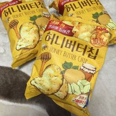 HaiTai Honey Butter Chip Korean Potato bags Special Price in Home & Garden, Food & Beverages, Pantry, Snacks, Chips Japanese Snacks, Japanese Food, Honey Recipes, Snack Recipes, Korean Potatoes, Cute Food, Yummy Food, Comida Disney, Asian Honey