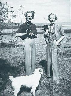 Paula Gellibrand and Idina Hay