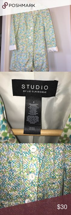 Adorable trench Great gently used condition Studio by Liz Claiborne trench coat completely lined great quality. Studio Jackets & Coats Trench Coats