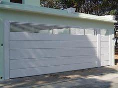 Portão de ferro: 50 ideias incríveis que vão do moderno ao clássico Decoration, Garage Doors, Architecture, Outdoor Decor, Design, Home Decor, Modern Homes, Entry Gates, House Entrance