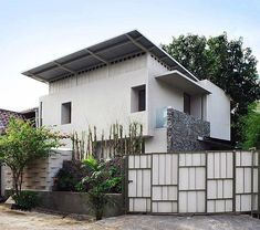 This is a 134 sqm house in Bumi Serpong Damai, Indonesia designed by architects Atelier Riri . The two-floor townhouse sits on only half the...
