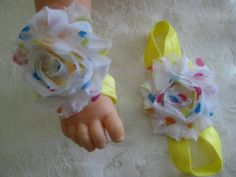 Barefoot sandals for your toddler. Yellow with shabby by RNNan13, $4.00 Baby Items For Sale, Bare Foot Sandals, Barefoot, Shabby, Yellow, Etsy, Gold