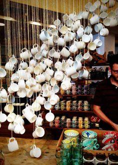 kücheneinrichtungen henkel glas holz wasserfall dekorativ