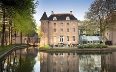 Chateau Holtmühle - Bilberberg Hotel in Venlo. Teambuilding Events, Visit Holland, Classic Building, Modern Mansion, Castle House, Design Hotel, Country Estate, Hotel Offers, Netherlands