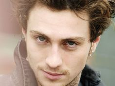 Aaron Johnson - Google 搜尋