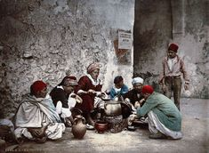 117-Year-Old Color Postcards Reveal Everyday Life in Tunisia at the Turn of the Century - My Modern Met